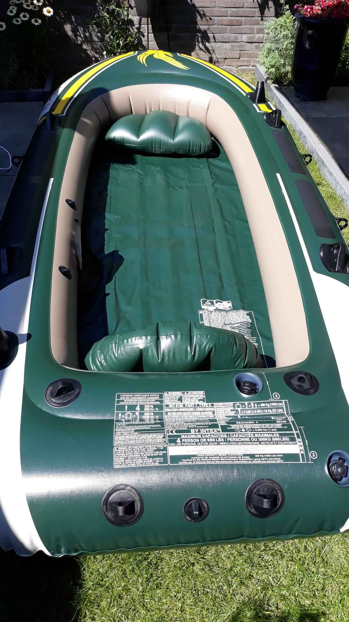 Opblaasbare boot 4 personen